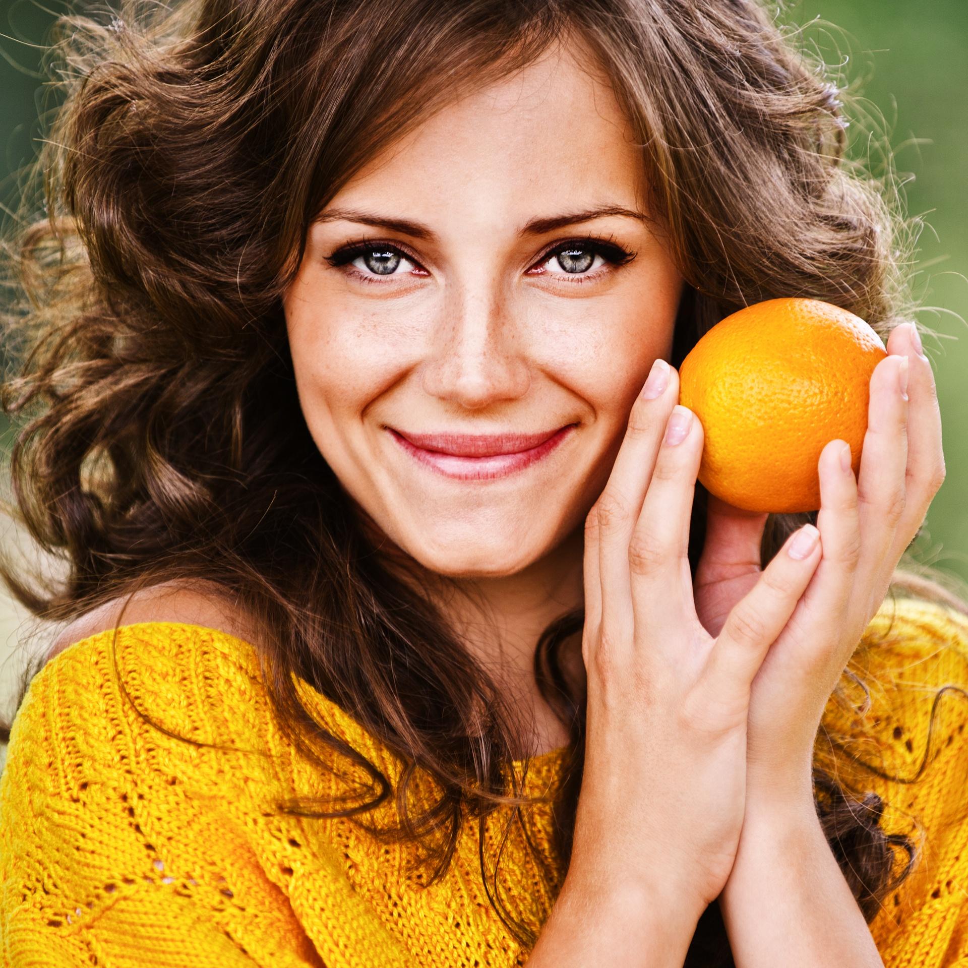sites/26618457/Woman_Orange_Newbie_1920.jpg