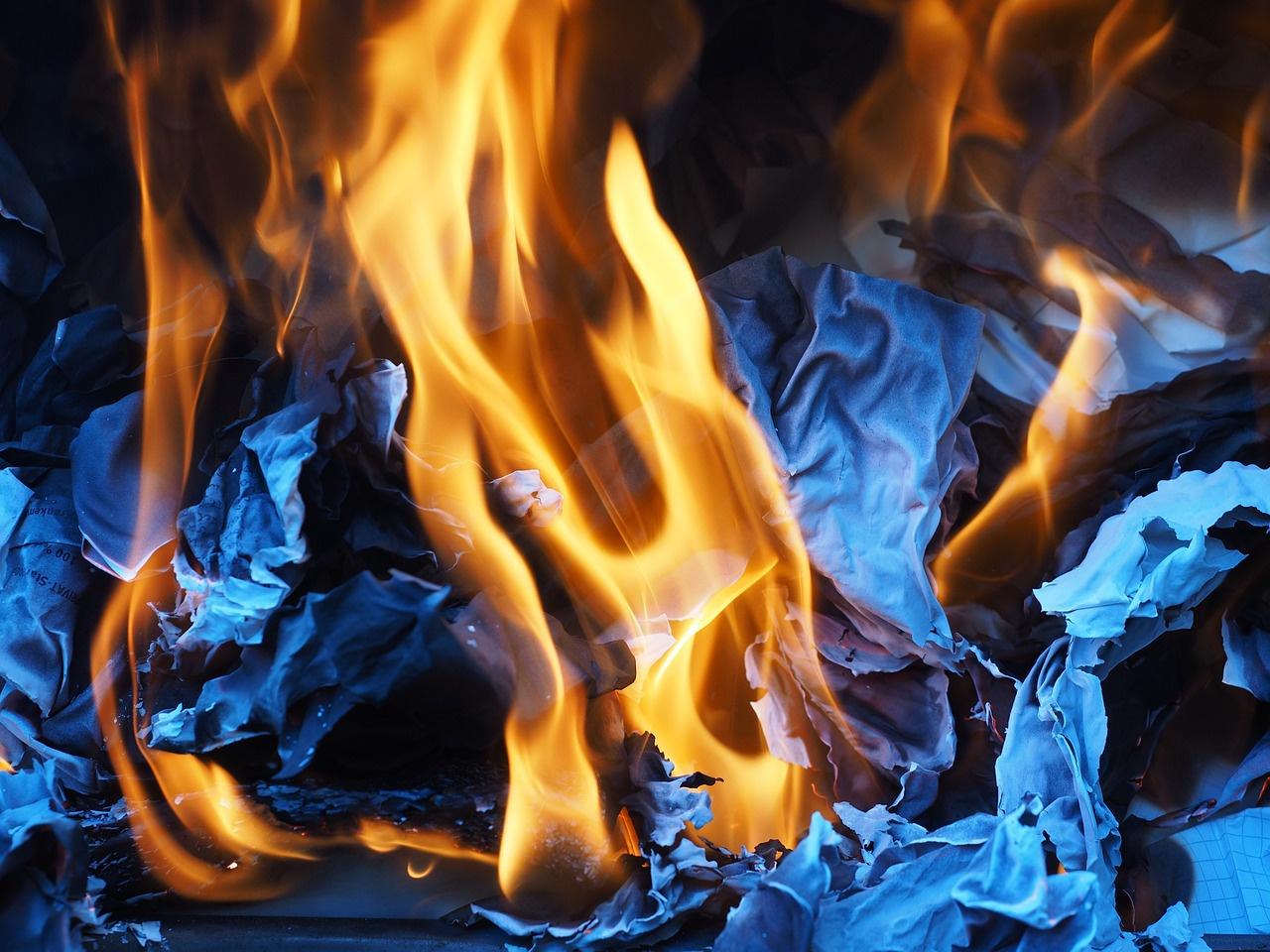sites/37116642/fire-1260723_1280.jpg