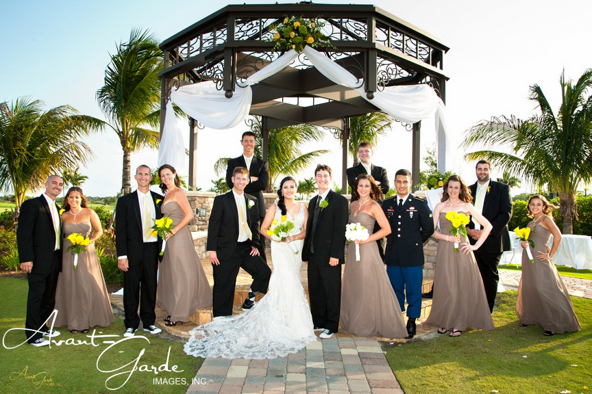 9 Steps To Photographing Large Bridal Parties